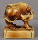 Early 19c netsuke STYLIZED BUFFALO