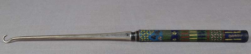 19c Japanese cloisonne BUTTON HOOK