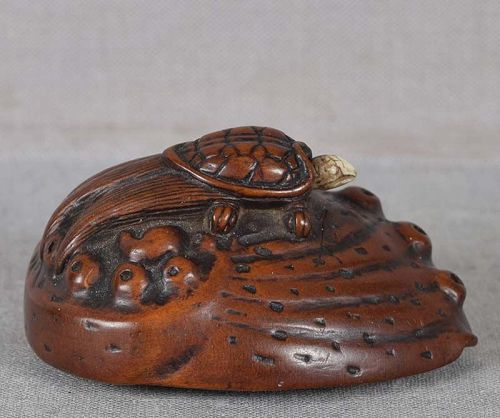 19c netsuke TURTLE on ABALONE shell