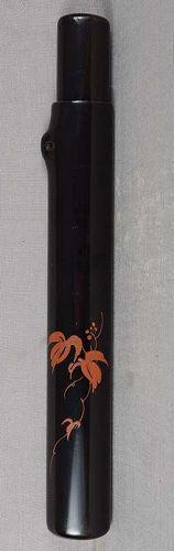 19c Japanese lacquer KISERUZUTSU pipe holder BERRIES