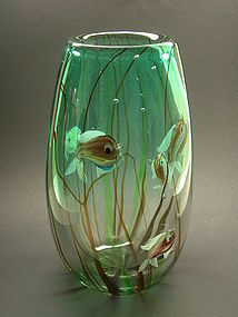 Massive Aquarium vase by Alfredo Barbini