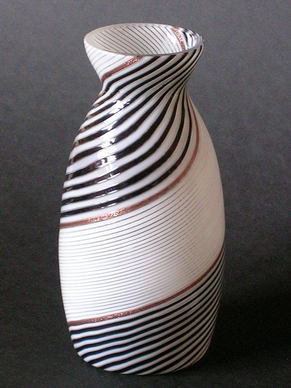 Fasce bianco nero glass vase by Dino Martens