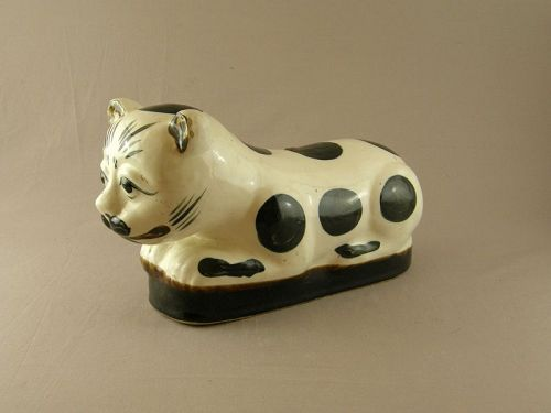 Chinese Large Stoneware Cizhou Style Cat Pillow Circa 1900