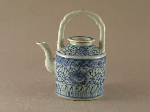 Chinese Blue and White Porcelain Tea Pot 19th Century