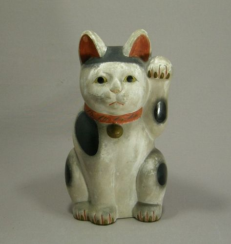 Japanese Beckoning Cat Mikawa Style Clay Pigments Early 20th Century