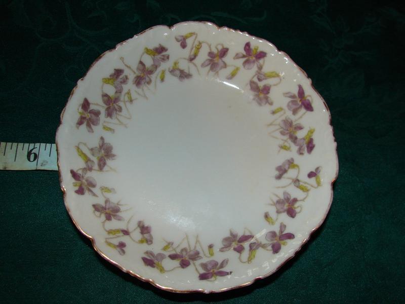 Tressemann & Vogt china dessert bowls