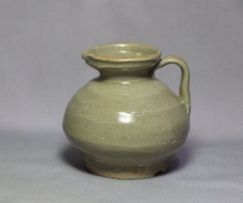 Chinese Song Dynasty Yue Ware Celadon Ewer