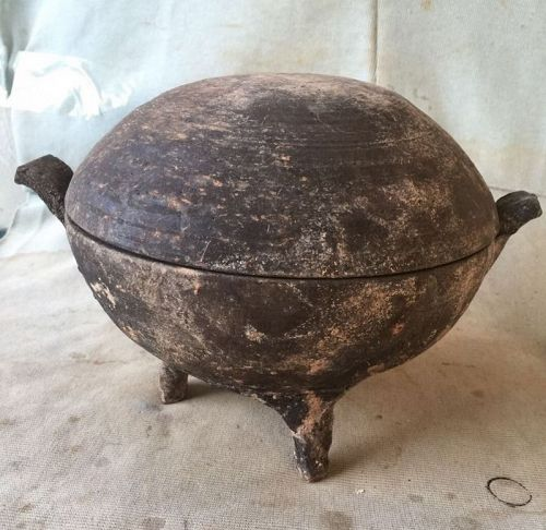 Chinese Warring States Pottery Tripod Container