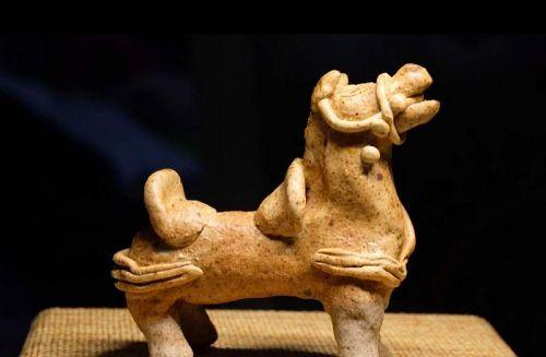 Chinese Song Dynasty Qingbai Glaze Horse