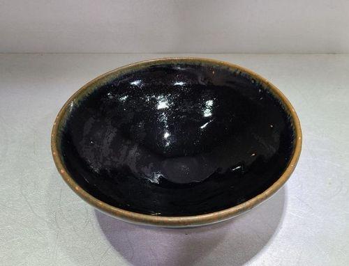 Chinese Yuan Dynasty Yaozhou Black Glaze Bowl