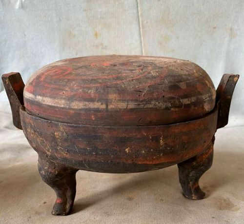 Chinese Han Dynasty Painted Tripod Ding with Lid