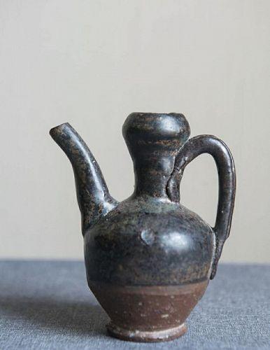 Chinese Song Dynasty Black Glaze Garlic Head Ewer