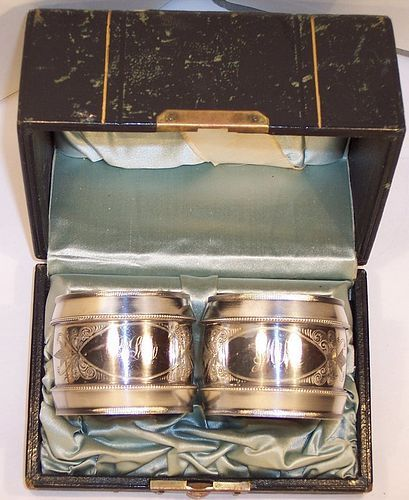 American Sterling Silver Engraved Pair Napkin Rings in Original Box