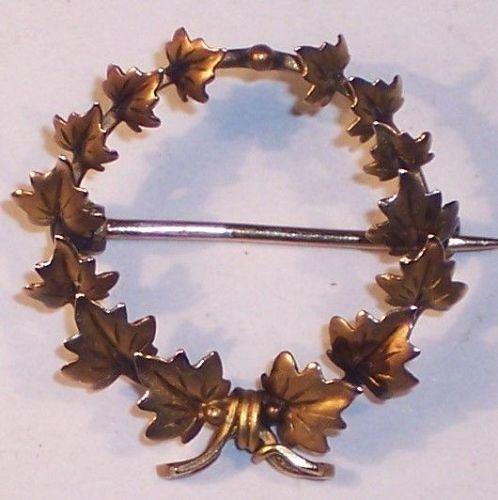 Antique 10k 14k Gold Leaf Circle Wreath Brooch Pin 1870