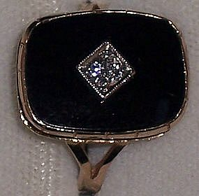 Ladies Vintage Art Deco 14K Black Onyx Diamond Ring