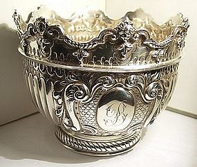 FINE ENGLISH STERLING MONTEITH BOWL Goldsmiths c.1900