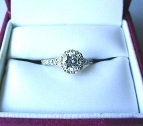 18K WHITE GOLD .85 CARAT DIAMOND ENGAGEMENT RING