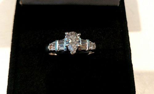 PLATINUM DIAMOND FILIGREE RING ESTATE PIECE Ca. 1950