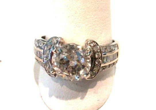 Beautiful 2.54 Carat Center Diamond Engagement Ring