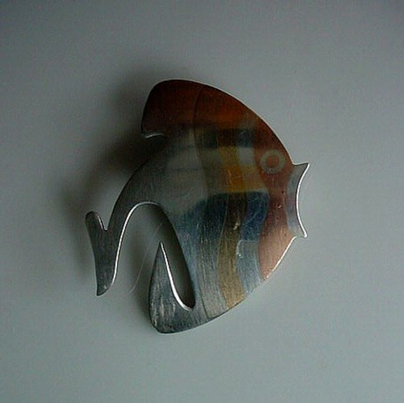 DESIGNER MEXICAN FISH PIN MARKED METALES CASADOS
