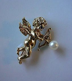 14K GOLD CUPID PIN WITH PEARL
