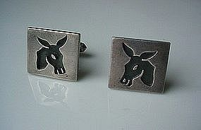 ANTONIO PINEDA CUFF LINKS DEPICTION OF DONKEY