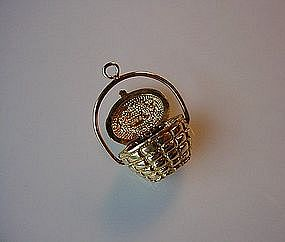 14K GOLD NANTUCKET BASKET CHARM