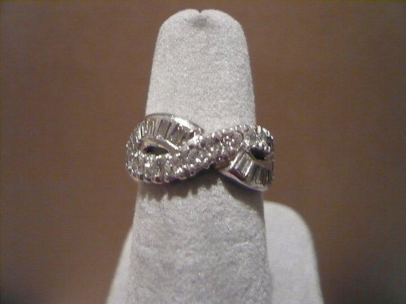 PLATINUM & DIAMOND WEDDING BAND  ENDLESS KNOT DESIGN