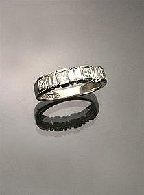 PLATINUM DIAMONDS WEDDING BAND