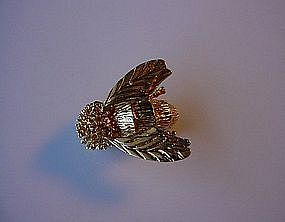 14K YELLOW GOLD DESINGNER BEE PIN