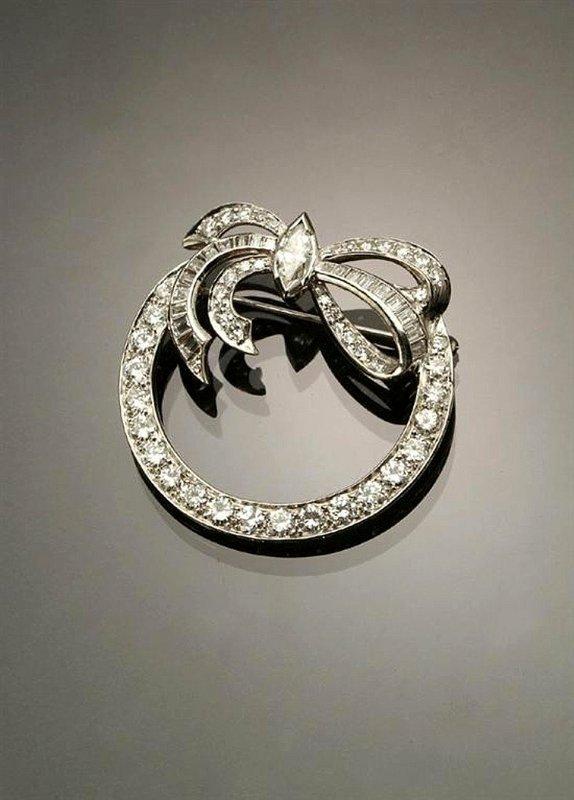 RETRO PLATINUM DIAMOND CIRCLE BROOCH 4CTS OF DIAMONDS