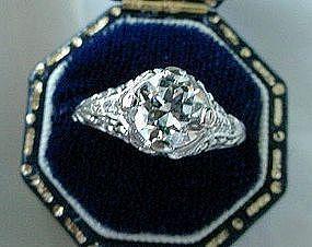 BEAUTIFUL 1.15 CARAT DIAMOND PLATINUM FILIGREE RING