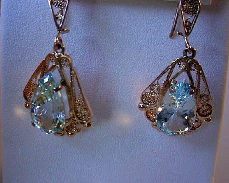 PAIR AQUAMARINE & 14K YG FILIGREE EARRINGS PEAR SHAPE