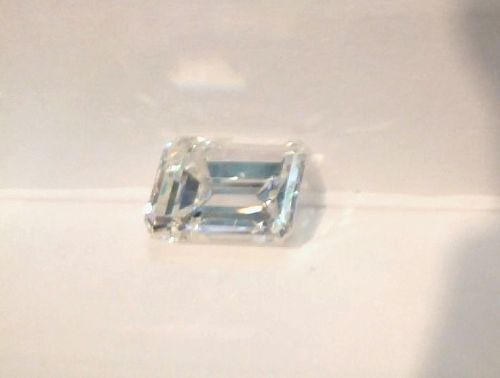 2.76 CARAT EMERALD CUT LOOSE DIAMOND  GIA CERT VS1 CLARITY  H COLOR