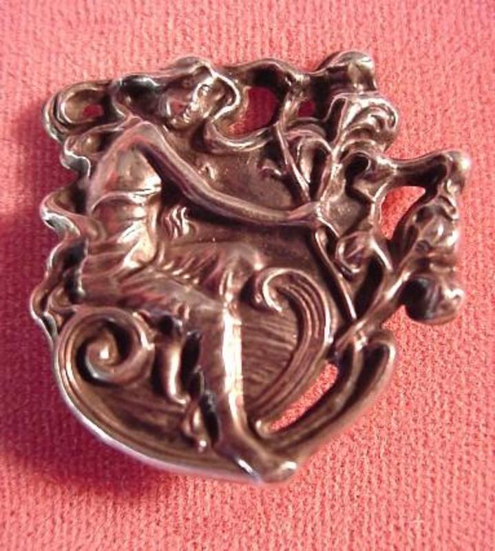 Sterling ART NOUVEAU PIN { Seated LADY