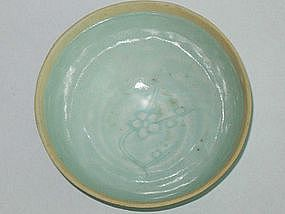 Song Dynasty - Small Yingqing Bowl