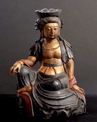 Japanese Wood Statue of Kannon Bosatsu