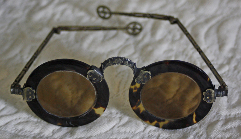 Antique Chinese tinted spectacles tortoise shell rims