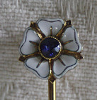 Enemel victorian  gold stick pin with saphire center