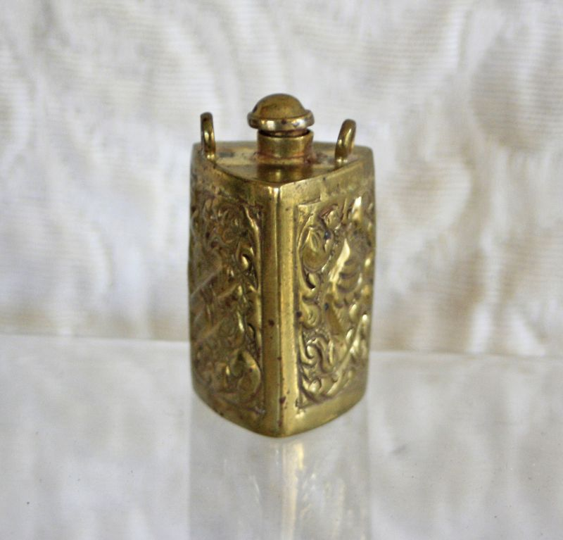 Rare Antique Tibetan snuff bottle