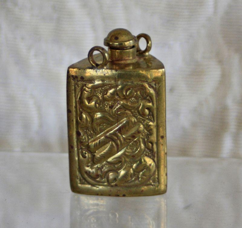 Rare Antique Tibetan snuff bottle