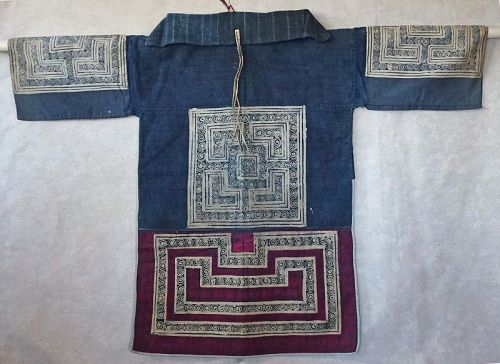 Antique Chinese Miao Ethnic Minority Womans Batiked Embroidered top