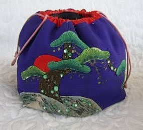 Japanese silk drawstring embroidered purse