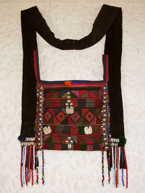 Thailand Hill Tribe Hmoung embroidered shoulder bag