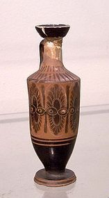 AN ATTIC BLACK FIGURE LEKYTHOS