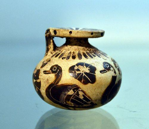 AN ANCIENT GREEK CORINTHIAN ARYABALLOS