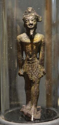 AN ANCIENT EGYPTIAN BRONZE AMUN