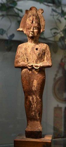 AN ANCIENT EGYPTIAN WOOD OSIRIS