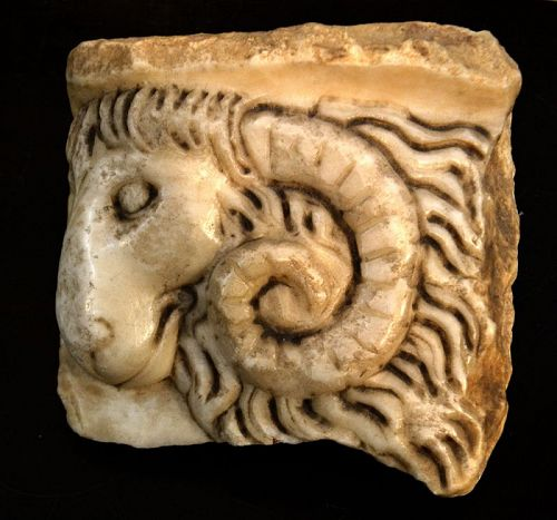 A FINE ROMAN MARBLE HEAD OF A RAM