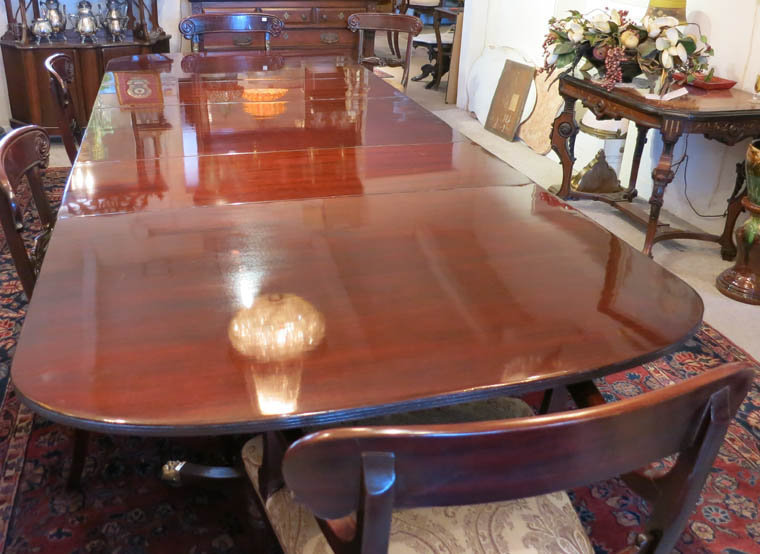 Schmieg & Kotzian Mahogany Triple Pedestal Dining Table